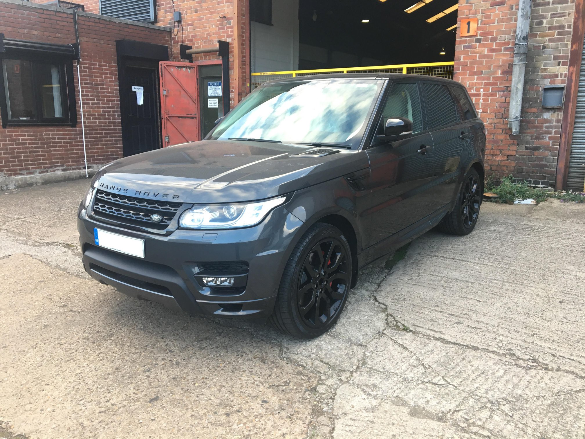 Range Rover Velar with Gloss Black Alloys